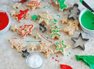 Christmas Spice Crispy Treats and Cookie Cutters