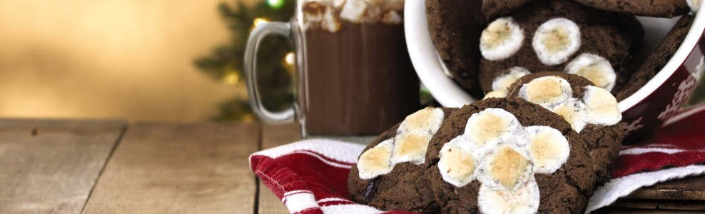 Holiday cookies with hot chocolate