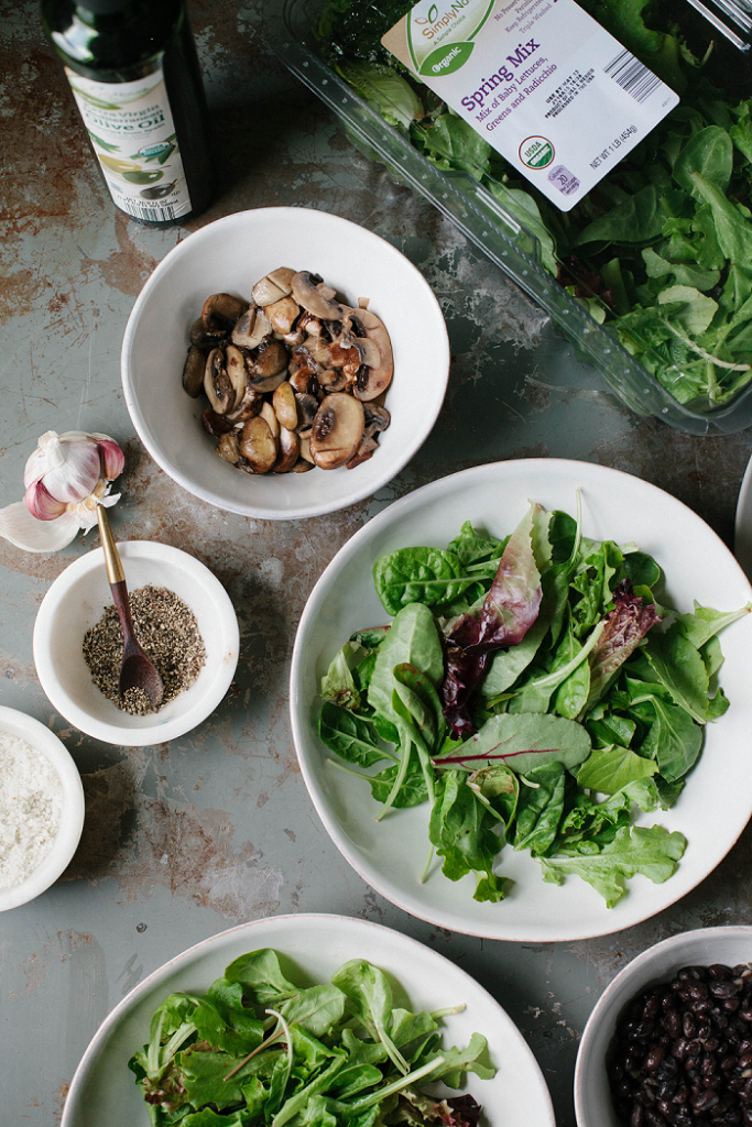 Mushrooms, spinach and beans for a tasty recipe.
